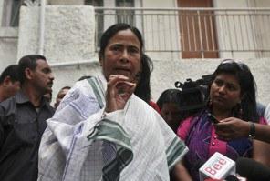 India arrests professor over political cartoon
