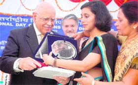 Nirmita receives NIVH Award